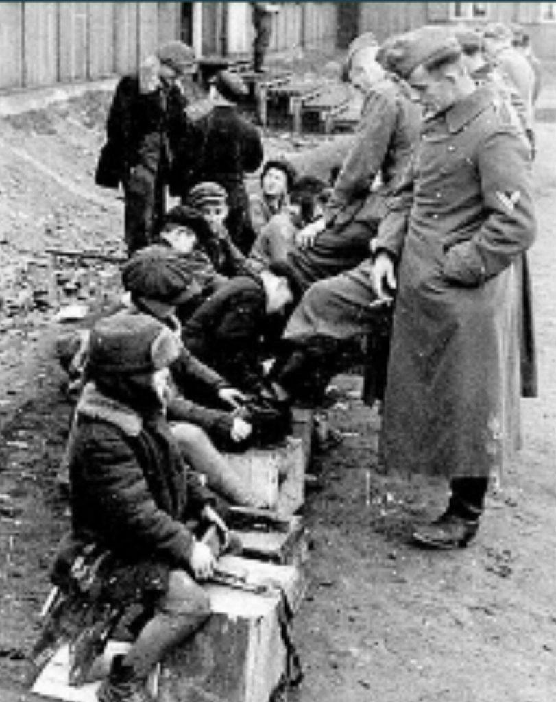 سال 1940