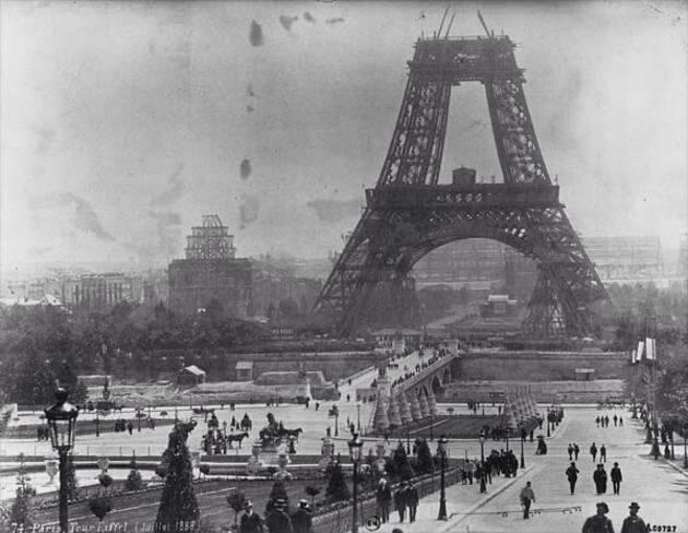 سال 1888 میلادی