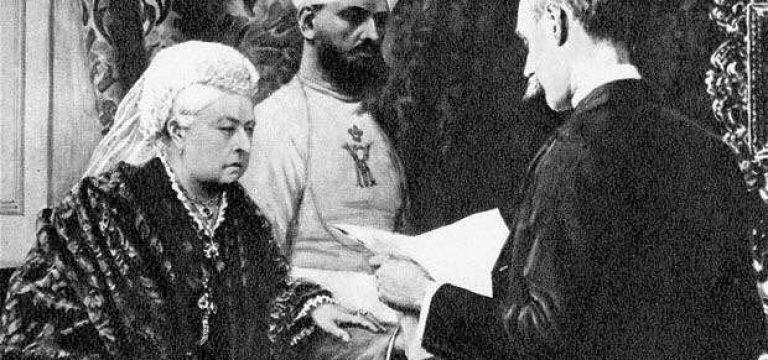 عشق ملکه ویکتوریا به خدمتکار هندی خود!!!
