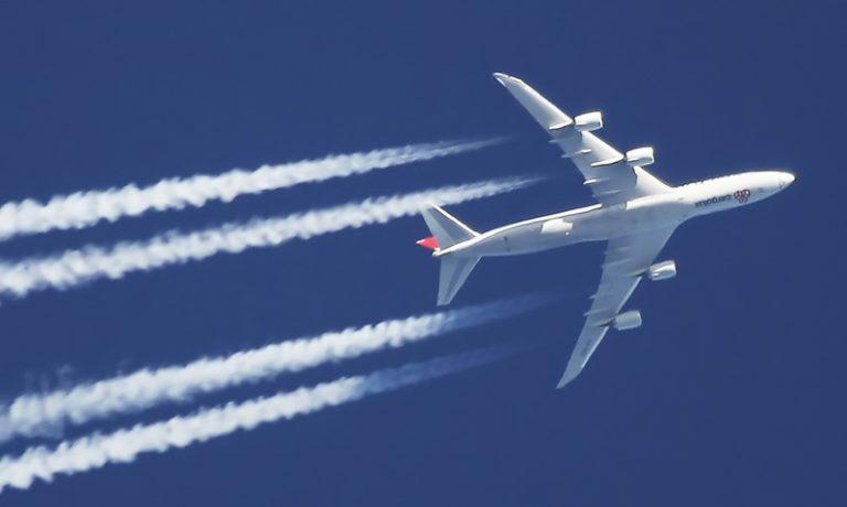 دنباله ی هواپیما یا contrail
