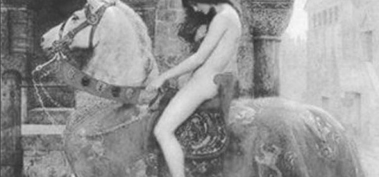 زنی که برهنه در شهر چرخید تا مردم راحت باشند