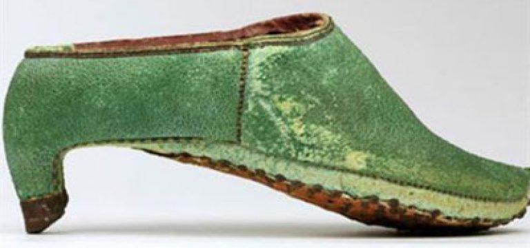 استفاده کفش پاشنه بلند توسط مردان