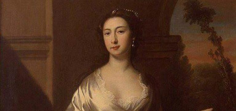 اولین زنی که بخاطر آرایش زیاد فوت کرد!!