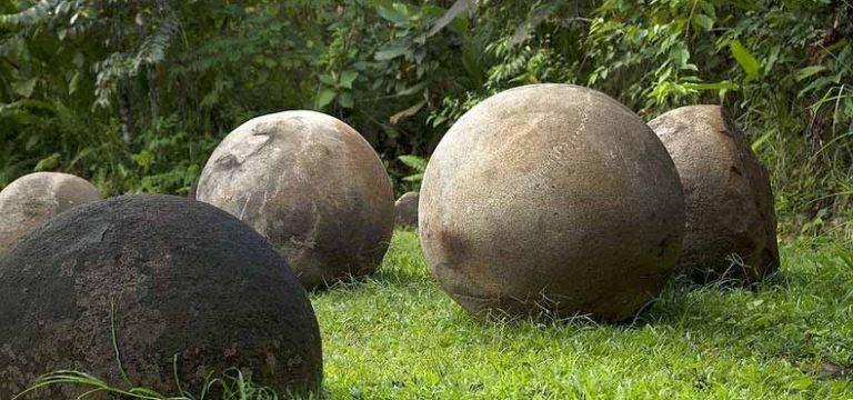 کره های سنگی کاستاریکا