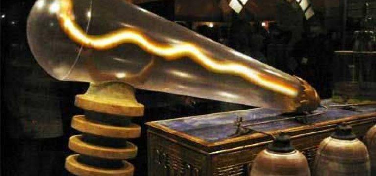 """معمای """"لامپ"""" معبد دندرا"""